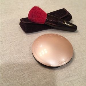 Guerlain Terra Cotta bronzer and brush